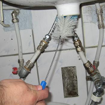 Curatare canal de scurgere principal