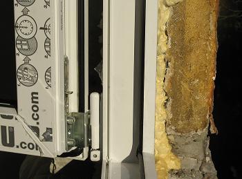 Cum se solodifica spuma poliuretan la aplicarea pentru fixarea tamplariei PVC