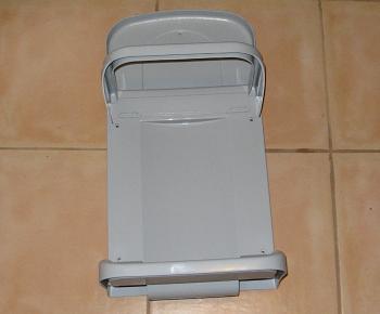 Suportul pentru sacii de gunoi inainte de montare