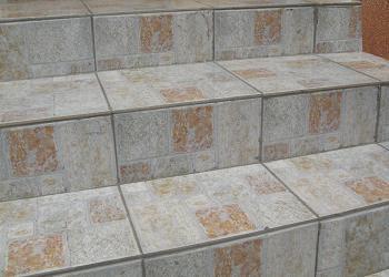 Poze amenajari - Placarea scarilor exterioare cu gresie