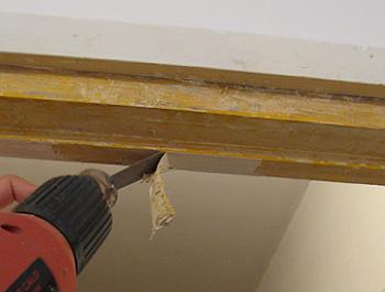 Curatarea tocului din lemn