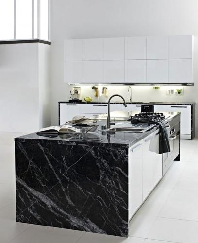 Bucatarie din marmura - design modern