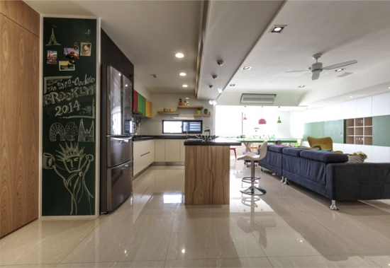 Bucatarie moderna open space cu living