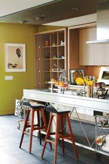 mobilier modern de  bucatarie din inox