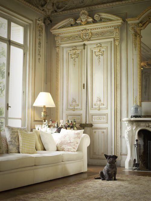 Apartamen francez in stil rococo