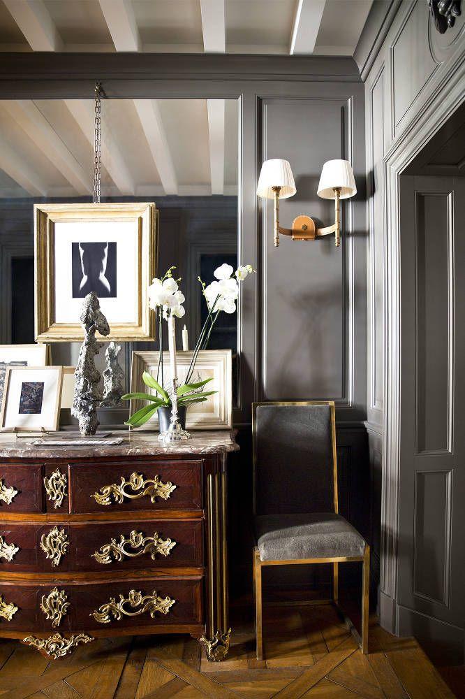 Camera de zi cu mobilier baroc