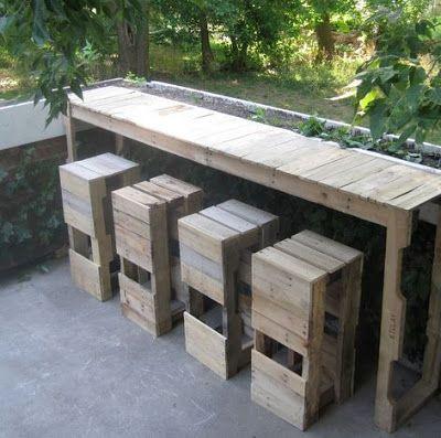 Masa de bar realizata din paleti