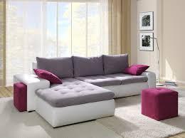 Canapea alb-gri cu perne decorative mov