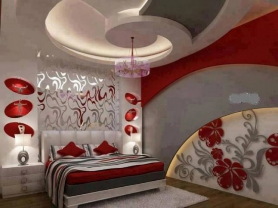 Dormitor cu rosu si gri