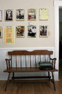 Perete creativ in hol sau sala de asteptare