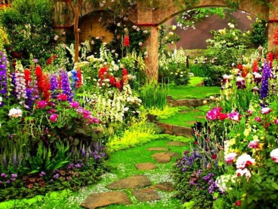 Alee piatra gradina cu flori
