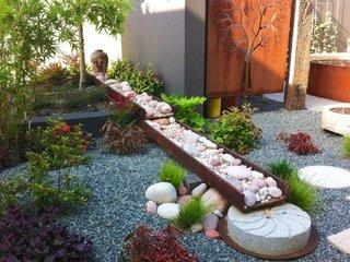 Decoratiune de gradina cu pietre