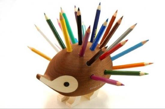 Suport pentru creioane in forma de arici