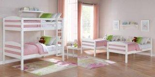 Dormitor amenajat pentru mai multi copii