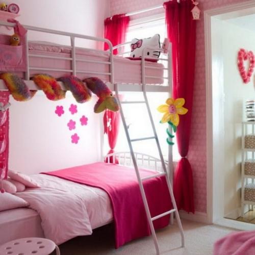 Dormitor cu pat etajat amenajare pentru fete
