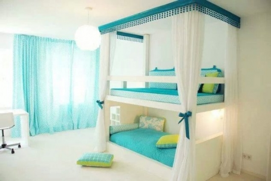 Dormitor elegant pentru fetite