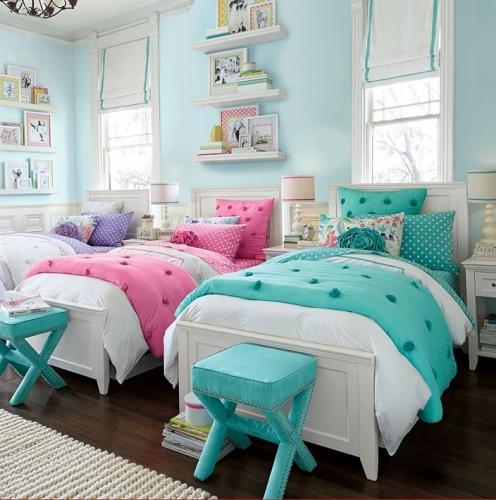 Dormitor pentru frati roz si bleu
