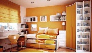 Dormitor mic cu alb si portocaliu
