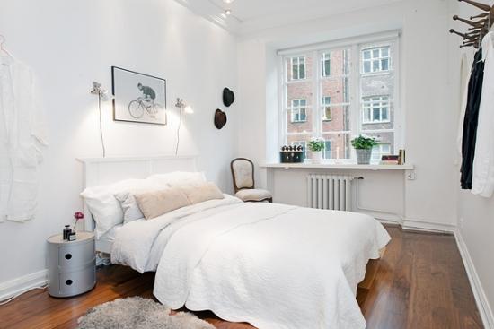 Dormitor mic cu noptiera cu colturi rotunde gri metalizat