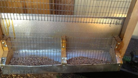Hranitoare custi iepuri