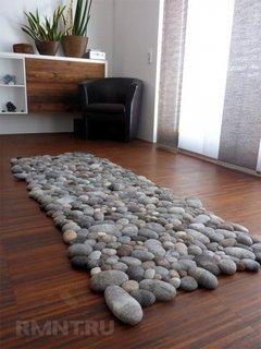 Covoras living din pietre