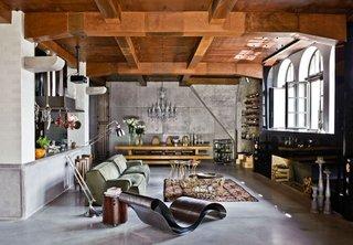 Stil industrial si rustic pentru amenajare living mare
