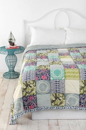 Cuvertura pentru pat model patchwork