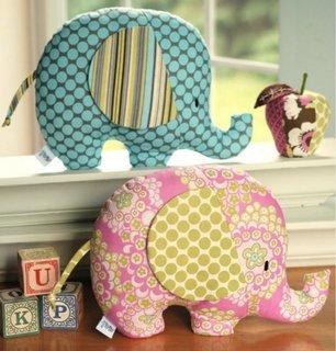 Elefanti decorativi din material textil