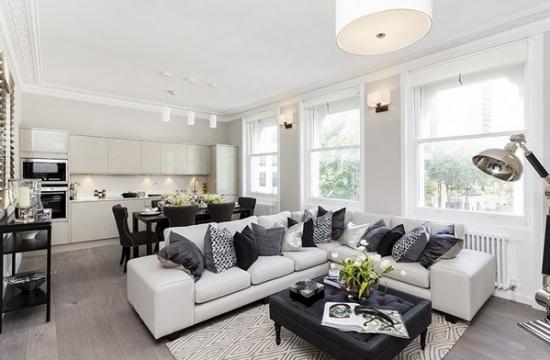 Coltar alb fix delimitare sufragerie de bucatarie