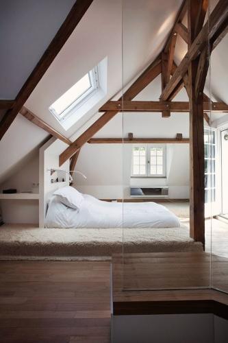 Dormitor cu inchidere din sticla