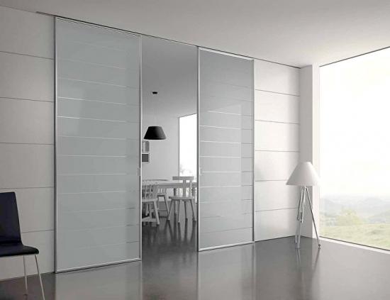 Livingroom cu partitionare din sticla
