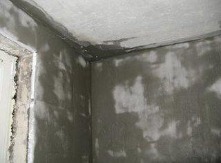 Camera de apartament placata cu polistiren