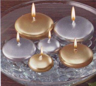 Decoratiune cu lumari argintii si aurii