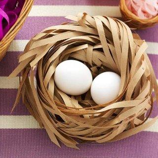 Cuib cu oua decoratiune interesanta pentru Pasti