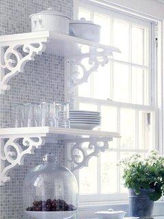 etajere murale de bucatarie albe din lemn