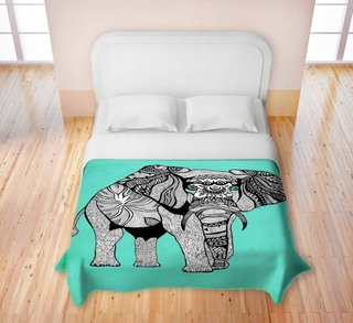 Pata de culoare in dormitor cu ajutorul lejeriei de pat