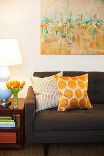 Tablou abstract pata de culoare pentru un living neutru