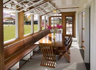 Ferestre rabatabile pentru veranda