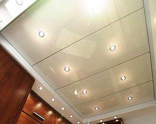 Panouri din PVC pentru tavan