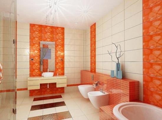 Baie cu faianta portocalie cu crem si nisa pentru WC si bideu placata cu mozaic portocaliu
