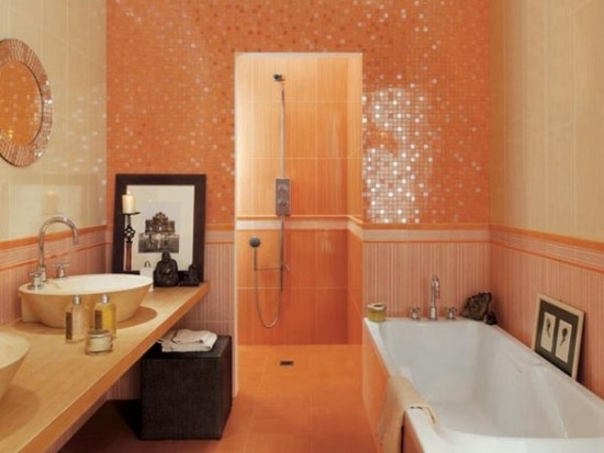 Baie cu mozaic portocaliu