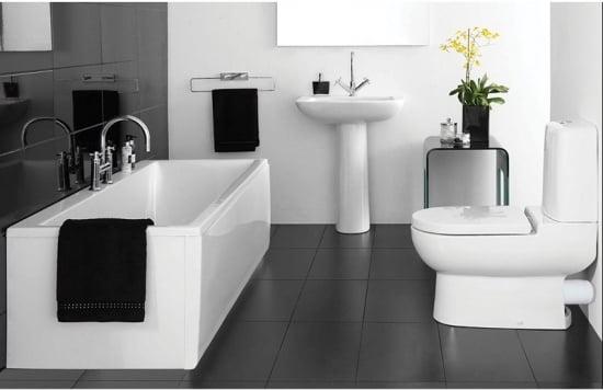 Combinatie de alb si negru pentru baie mdoerna