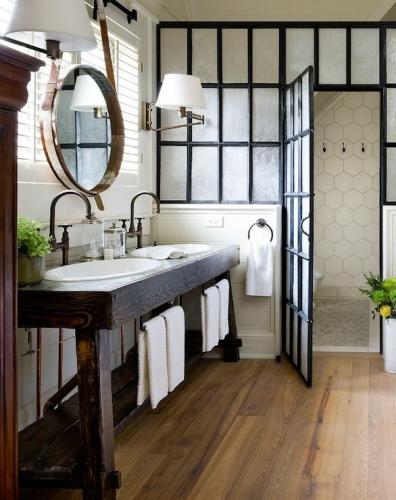 Perete din sticla opaca pentru despartirea spatiilor din baie