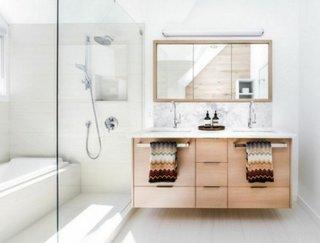 Mobilier lemn baie