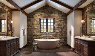 Decor baie cu piatra naturala