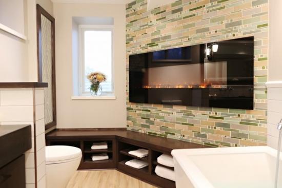 Design baie moderna cu semineu