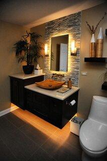 baie mica cu mobilier negru