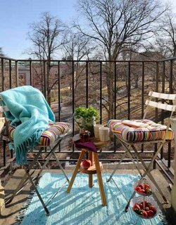 Pernute decorative cu imprimeuri colorate pentru mobilier gradina