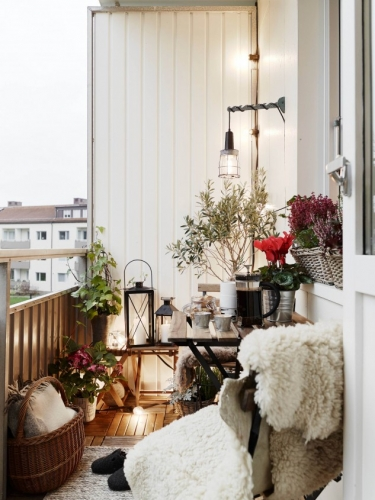 Decor modern balcon mic