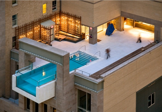 Piscine in balcon hotel lux